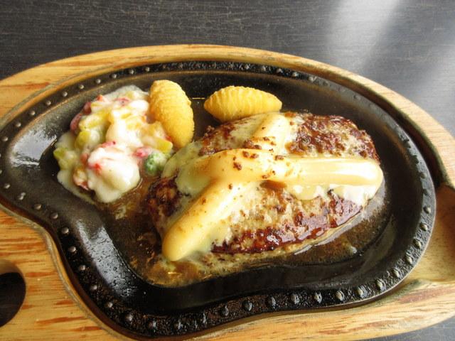 びっくりドンキー チーズバーグステーキ